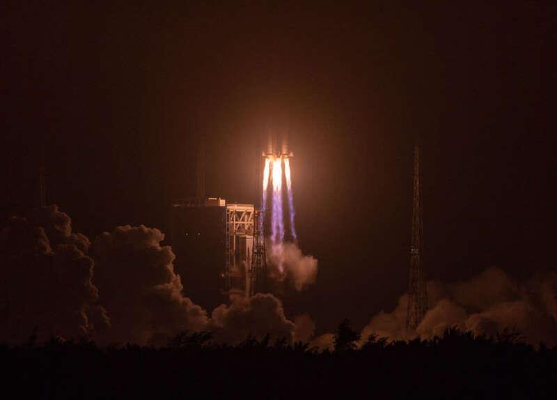 长征七号改遥二运载火箭发射成功