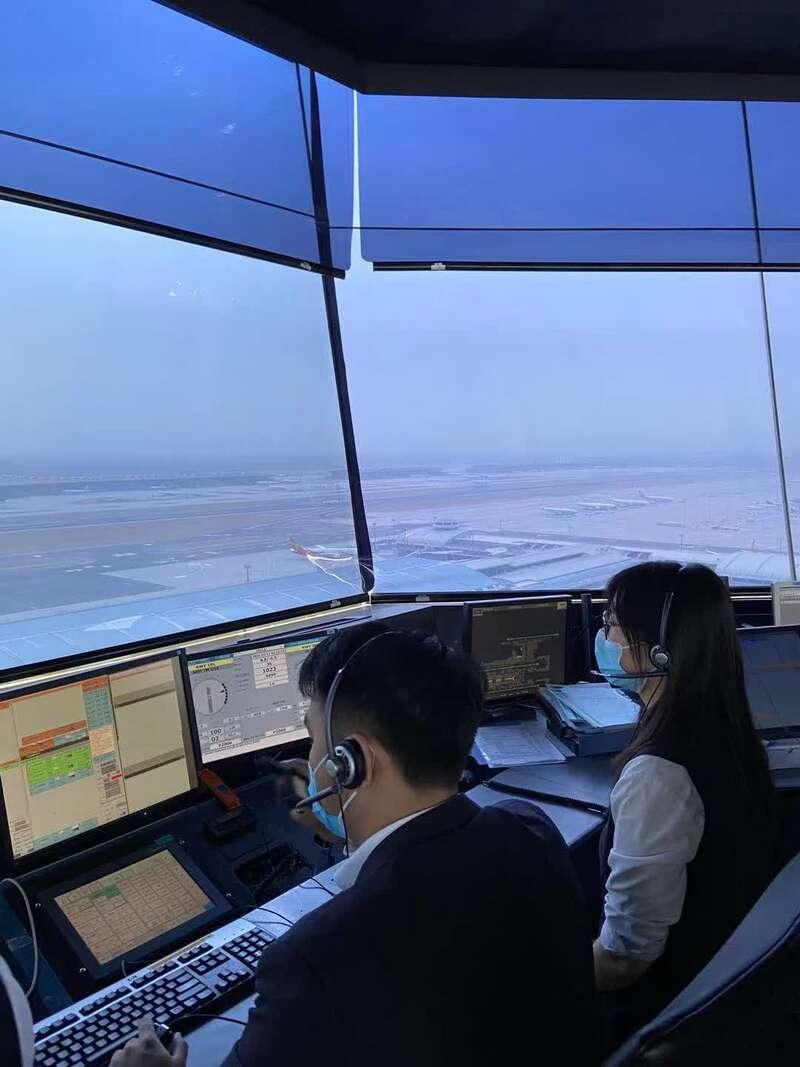 首都、大兴两机场五一假期日均计划起降航班超去年同期302%
