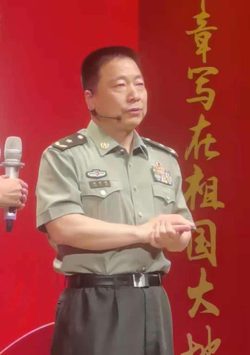 杨利伟透露:聂海胜出征前染黑了白发-第1张图片-IT新视野